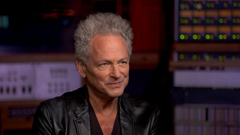 Illustration for article titled Lindsey Buckingham is ready to talk some shit about his split from Fleetwood Mac