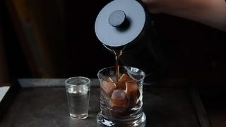 Illustration for article titled Make Better Iced Coffee with Espresso Ice Cubes
