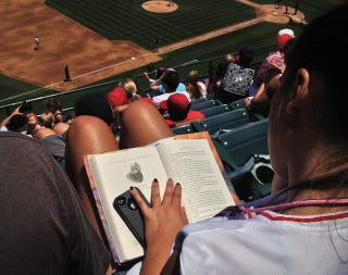 Illustration for article titled Angels Fans Are Not Paying Attention