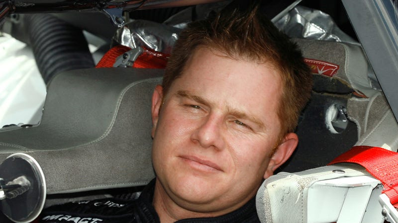 Illustration for article titled NASCAR Driver Jason Leffler Fatal Crash Caused By Mechanical Failure