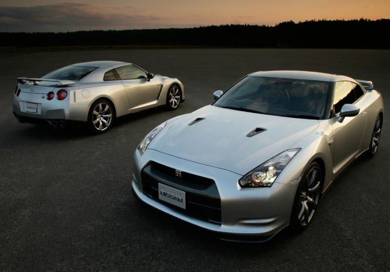 Illustration for article titled 2010 Nissan GT-R Trims Nürburgring Time To 7:26.7