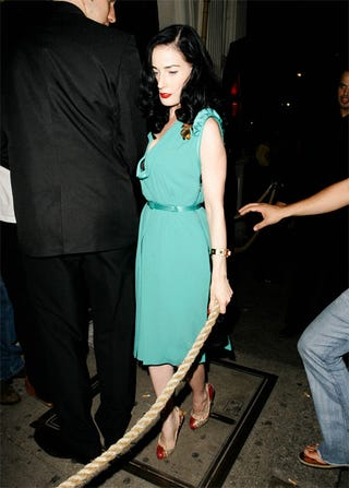 Illustration for article titled Dita Von Teese Is On The Ropes