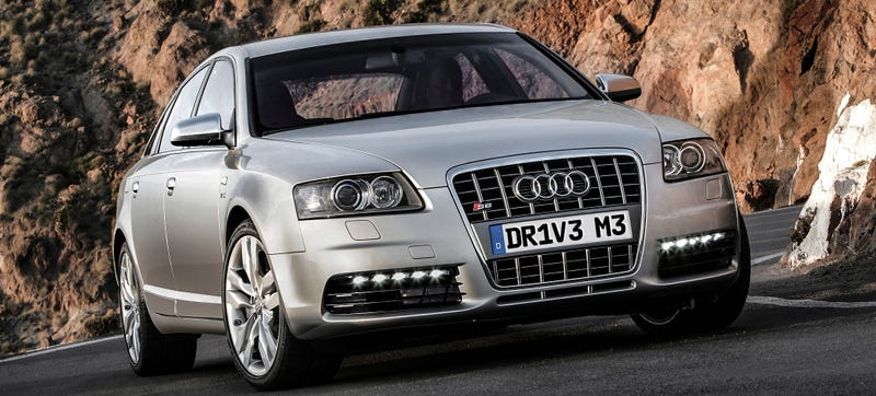 Illustration for article titled This Is What Happens When You Don't Drive Your V10 Audi Hard Enough