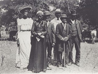 Celebrants at a Juneteenth Emancipation Day observation June 19, 1900, in Texas (Wikimedia Commons)