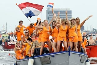 Illustration for article titled Dutch Fans Don't Need No Stinkin' World Cup