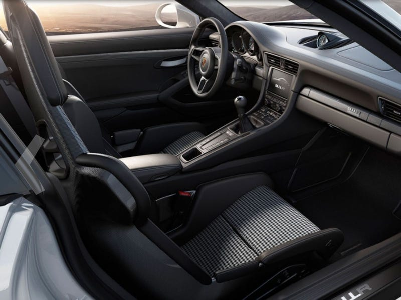 Hasil gambar untuk Porsche 911 Cabriolet 2017 interior