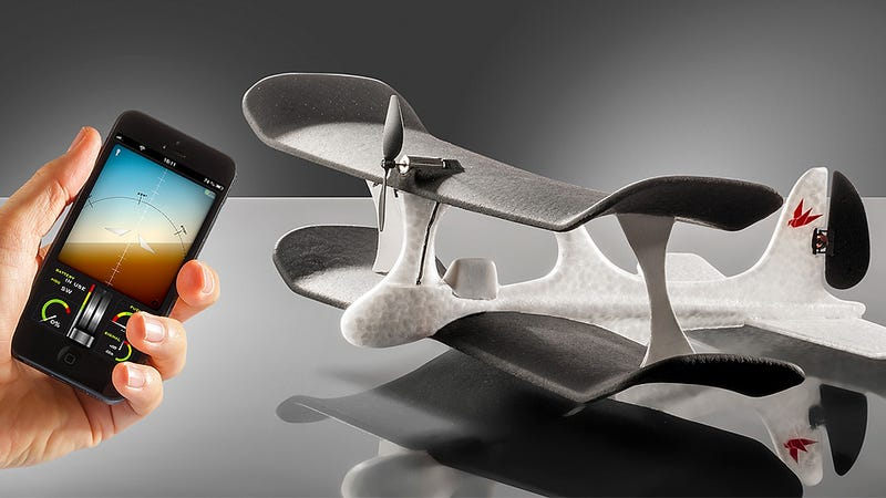 Illustration for article titled An iPhone-Piloted RC Plane That Does Most of the Flying For You