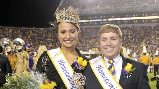 Illustration for article titled LSU Football Gives Tryout To Homecoming Queen (Who Once Kicked A 90-Yard Goal In A Soccer Game)