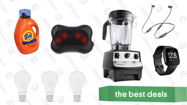 Saturday s Best Deals: Beats In-Ear Headphones, Vitamix Blenders, Light Bulbs, and More
