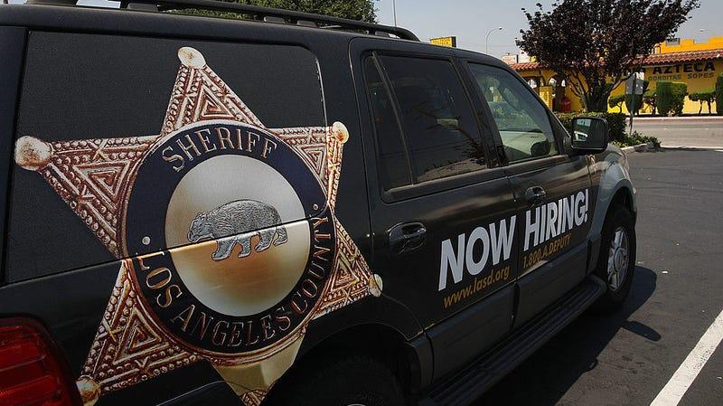 Illustration for article titled Los Angeles Sex Crimes Deputy Arrested for Suspected Rape of Teenage Girl