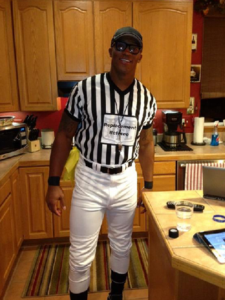 Illustration for article titled Demaryius Thomas Dressed As A Replacement Ref For Halloween