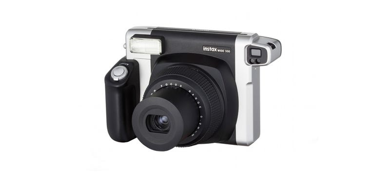 Illustration for article titled Fujifilm Instax Wide 300: Bigger Instant Photos, Wider Than You Remember