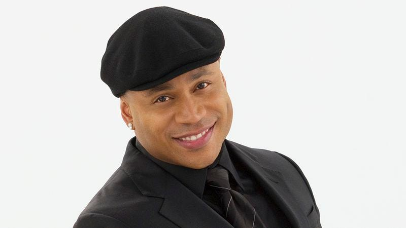 Illustration for article titled LL Cool J continues a 56-year-old tradition of giving out tiny record players