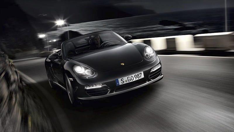 Illustration for article titled Porsche Boxster S gets put under a Black light