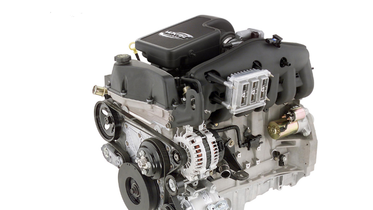 One Of The Last American Inline-Six Engines Was In Your Normal Everyday  Chevrolet Trailblazer