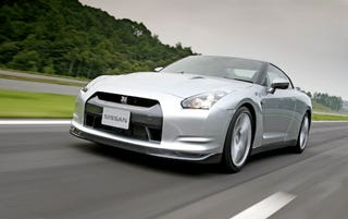 Illustration for article titled 2010 Nissan GT-R Runs 0-To-60 MPH In 3.3 Seconds, Unofficially