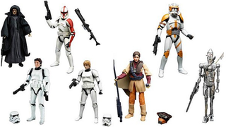 Illustration for article titled Rejoice, The New Star WarsFigures Come With A Non-Slave Leia