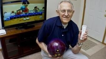 Illustration for article titled 85-Year-Old Man Can Crush Us All In Wii Sports Bowling