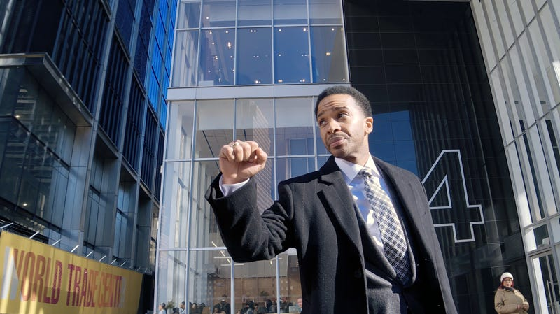 André Holland, in High Flying Bird