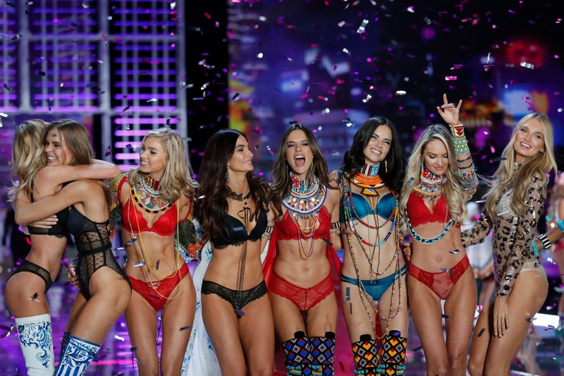 The Victoria's Secret fashion show  in Shanghai on Nov. 20, 2017 (Andy Wong/AP Photo)