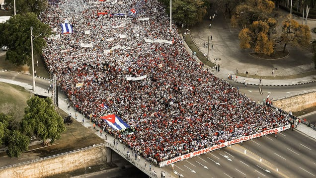 That Viral  Protest  Photo of Cuba is Actually From May Day 2018