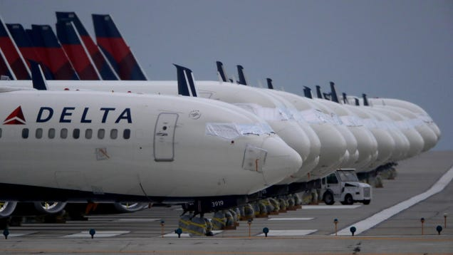 Delta Air Lines Will Make Unvaccinated Employees Pay $200 a Month to Cover Potential Medical Bills
