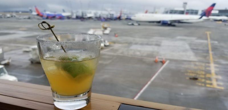 Illustration for article titled Flight got delayed 1.5 hours, AMA