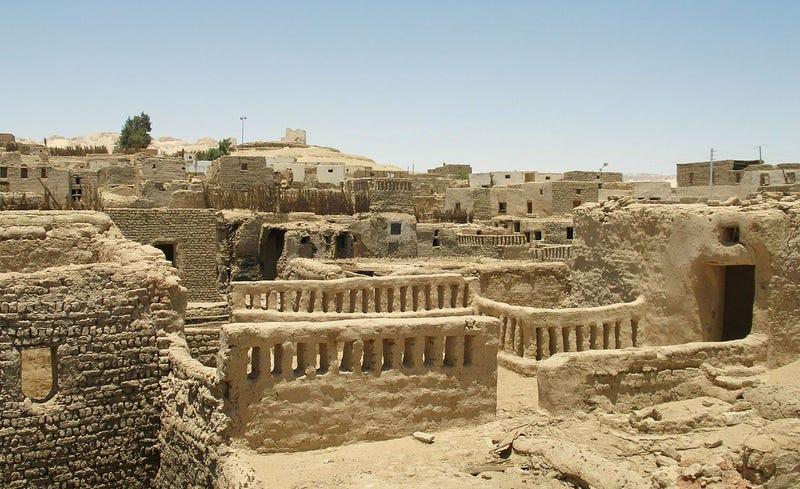 Una de las muchas zonas de excavación en la zona denominada Oasis de Daklah