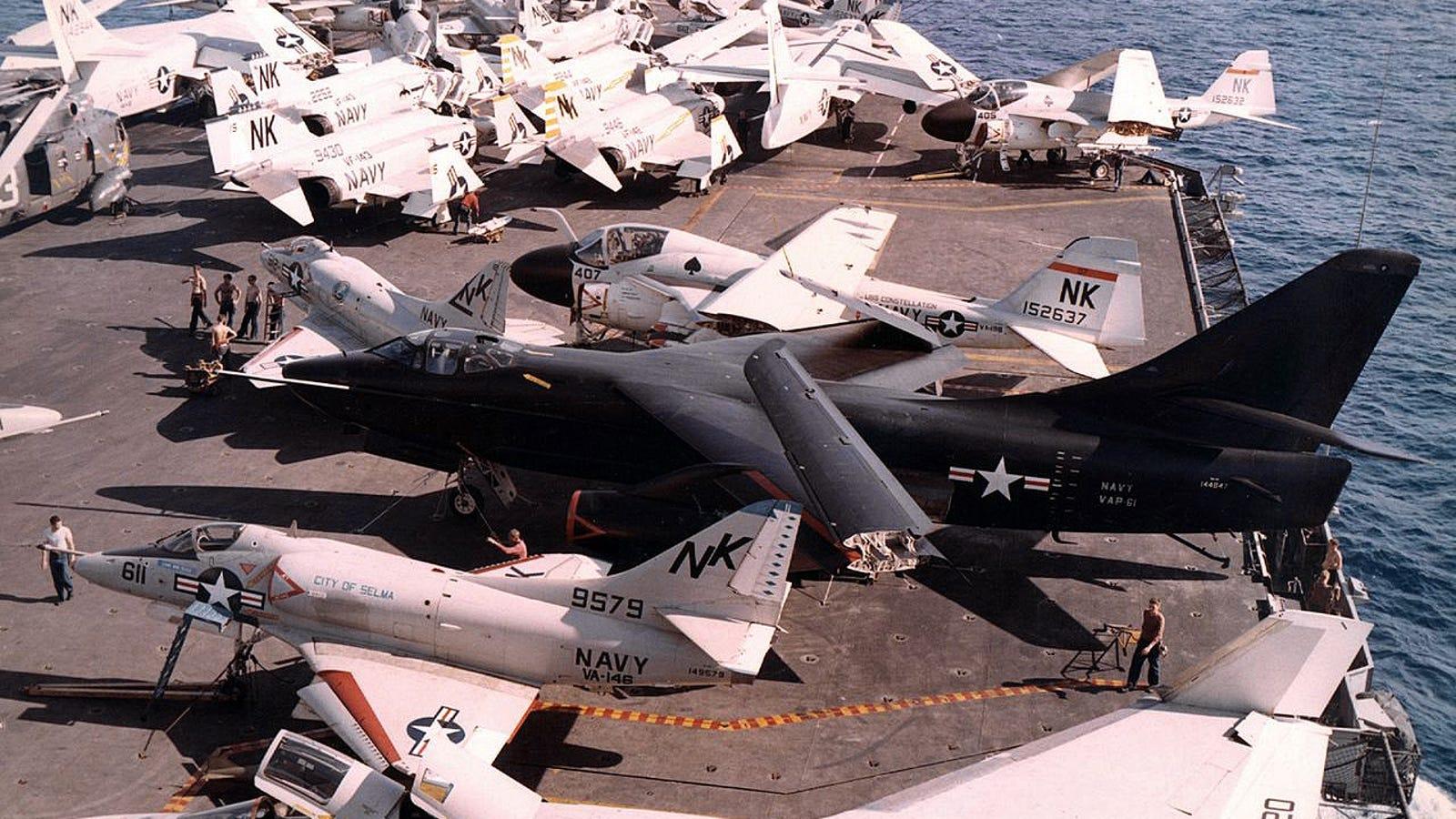 A10 Warthog Thunderbolt T Shirt US Air Force Military Aircraft Size XLT to 4XLT