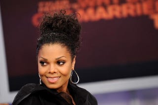 Janet Jackson wants to be a mom.