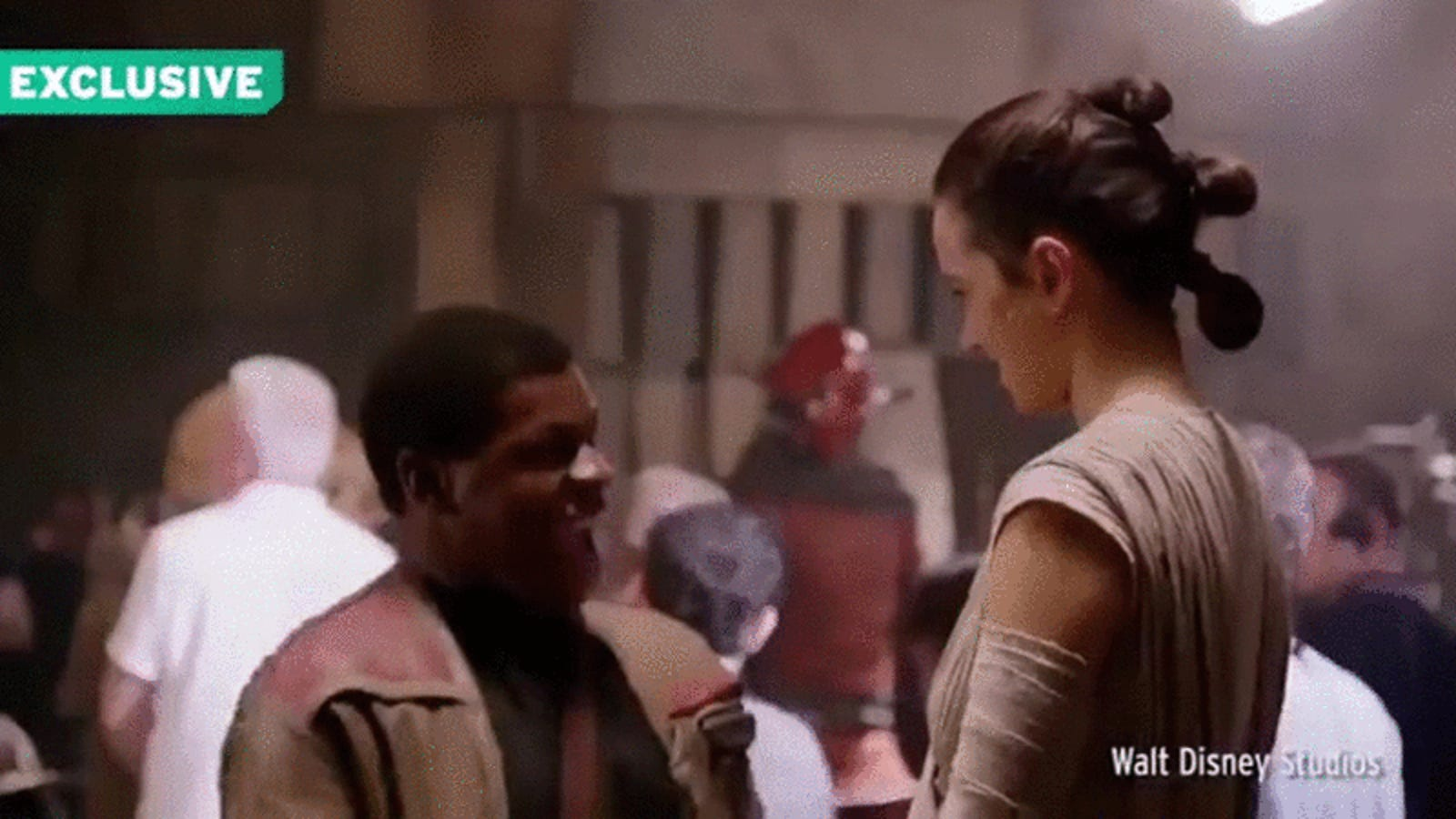 Daisy Ridley and John Boyega Rapping On the Set of Star Wars Fills Our Hearts With Joy