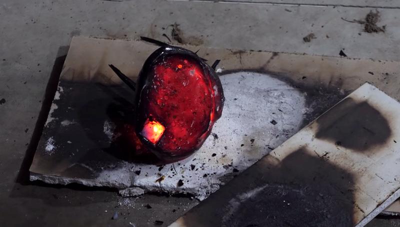 ¿Crees que podrías tocar ese pequeño rectángulo sin quemarte?