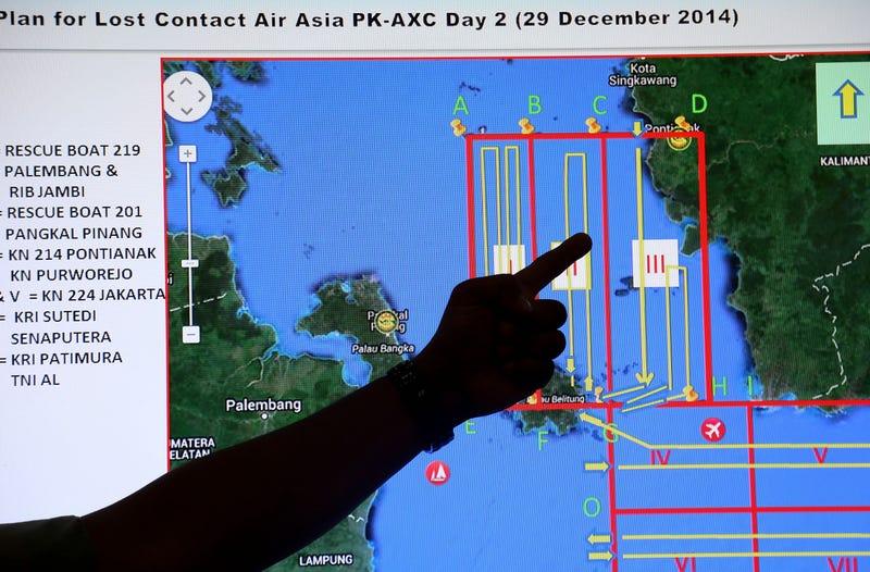 """Illustration for article titled El avión desaparecido podría estar """"en el fondo del mar"""", dice Indonesia"""