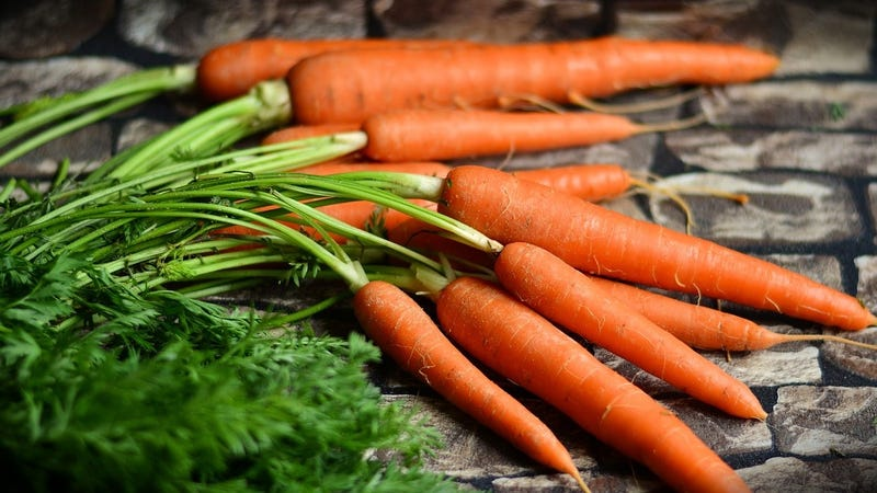 Veggies like carrots are good for you, but please don't rely on them to treat cancer.