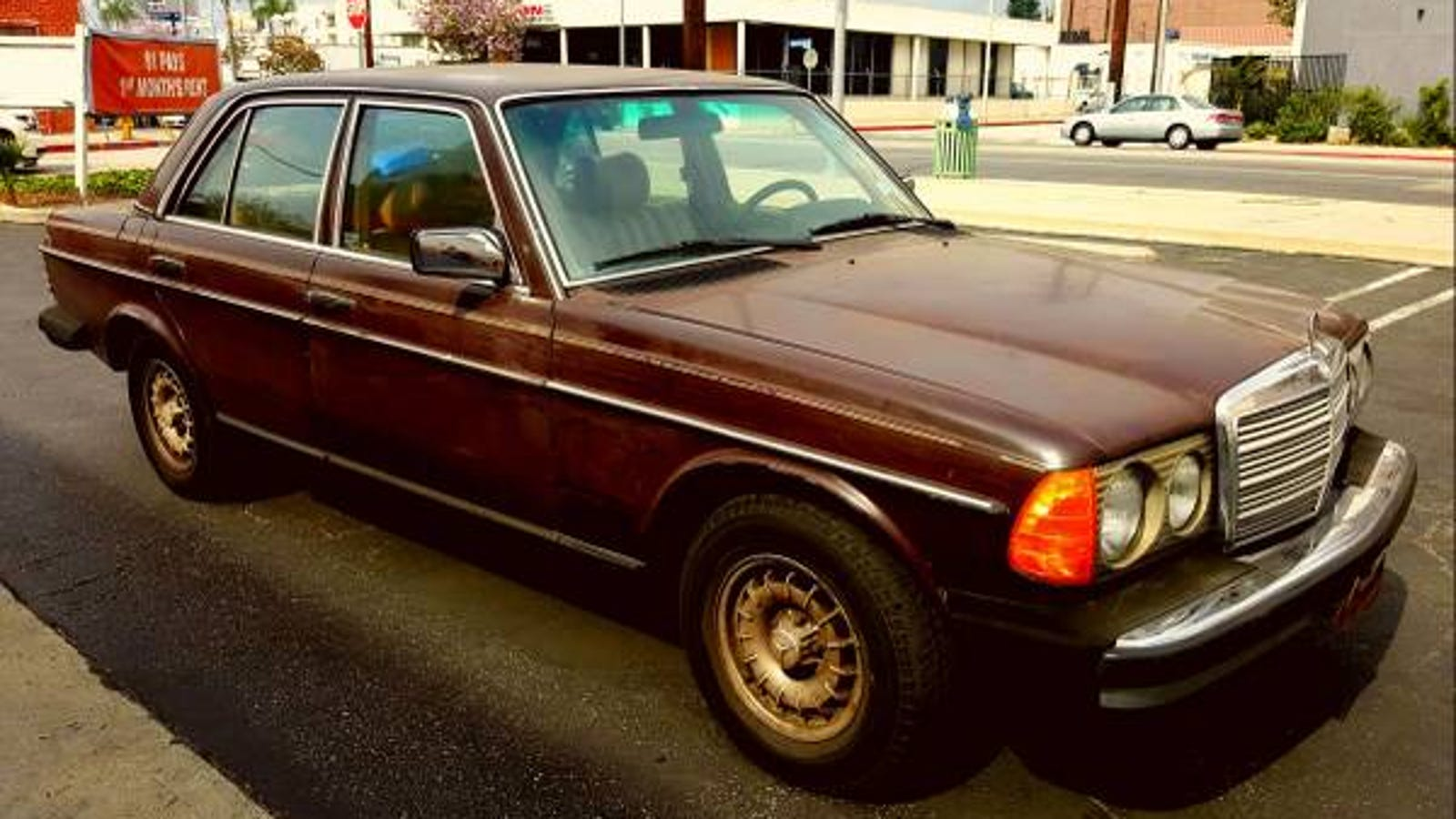 It Doesn T Get Much More Jalop Than This Brown W123 Diesel 4 Spd Benz