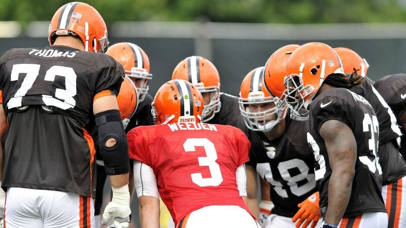 Illustration for article titled Report: It's Not Too Early To Be Pessimistic About Cleveland Browns
