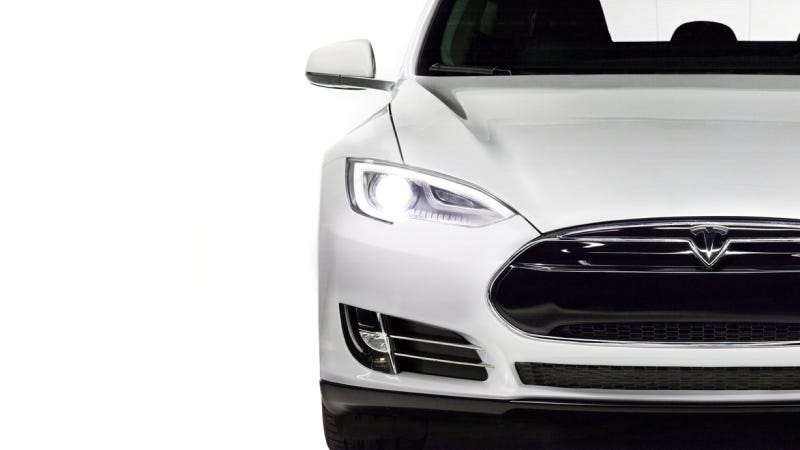 Illustration for article titled The $40,000-Ish Tesla Model E Will Debut In 2015