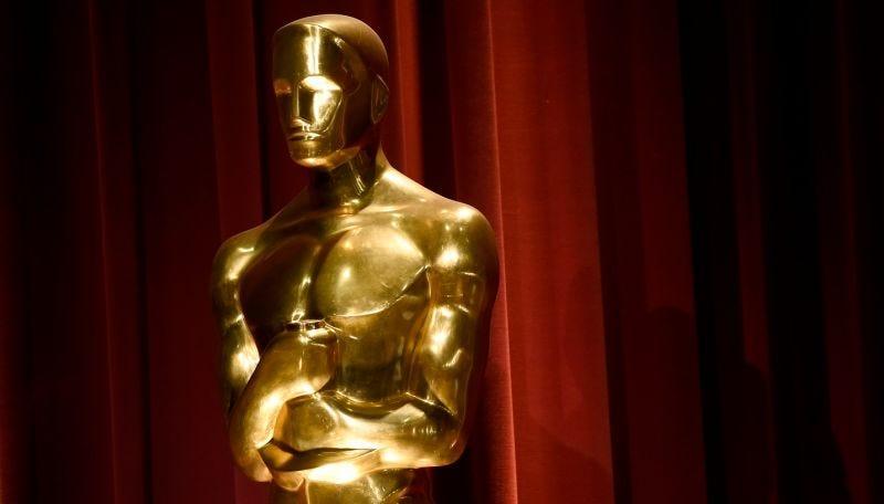 Illustration for article titled La agitada y misteriosa vida de las estatuillas de los Oscar