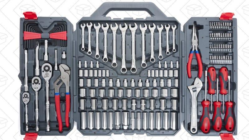 Caja de herramientas Crescent con 170 piezas | $78 | Amazon