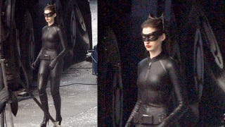 Illustration for article titled Behold the new(er) Catwoman costume from The Dark Knight Rises!