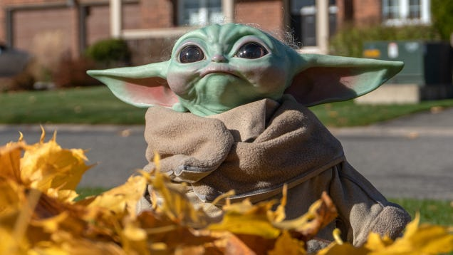 Our Clan Is Finally Complete With Sideshow Collectibles  Beautiful Baby Yoda Replica
