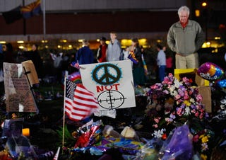 Makeshift memorial in Tucson, Ariz., Jan. 14, 2011.(Kevork Djansezian/Getty Images)