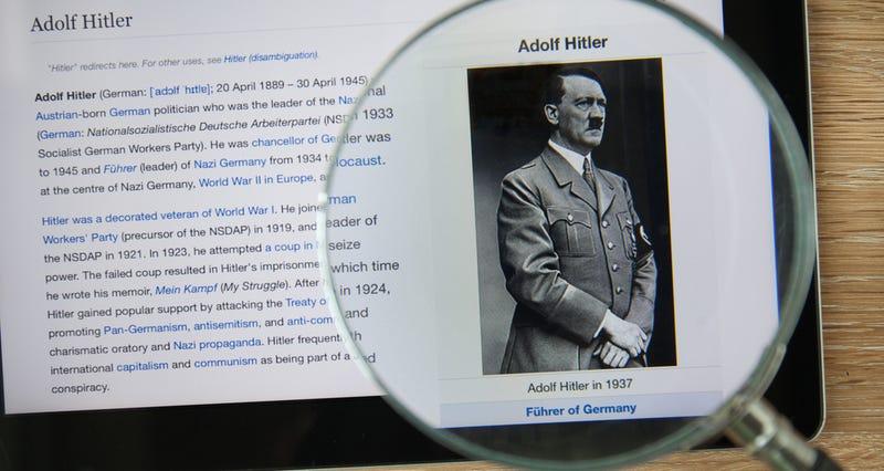 Illustration for article titled Historias de la Wikipedia para no dormir: la cara B de la gran enciclopedia digital