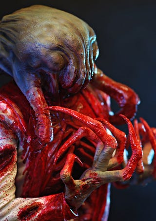 Illustration for article titled A Closer Look At Half-Life 2's Headcrab Zombie Statue
