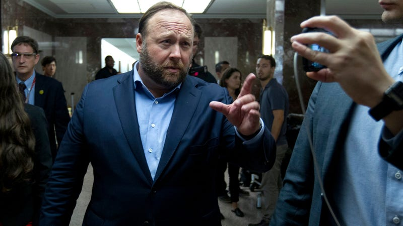 Roku Furiously Backpedals After Briefly Saying It Would Allow Infowars Channel