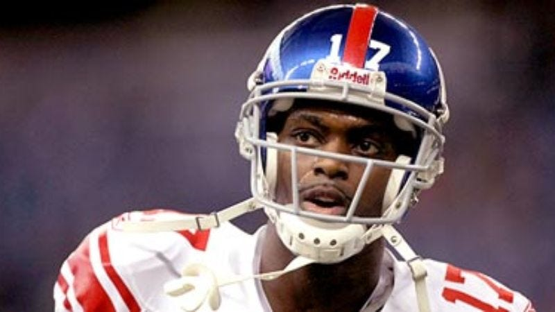Illustration for article titled Plaxico Burress: 'I Am Taller Than The Patriots'