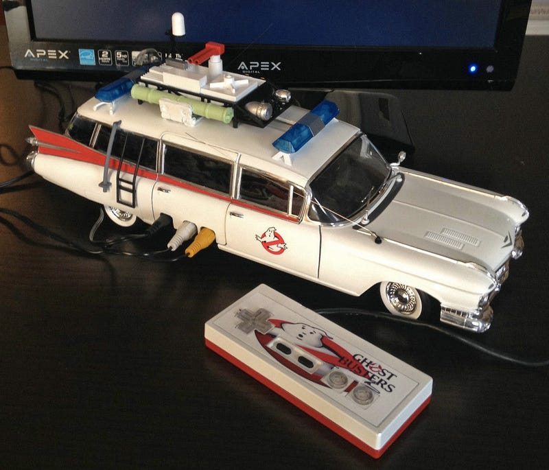 Illustration for article titled A Working NES Inside an Ecto-1 Is Everything Great About the '80s