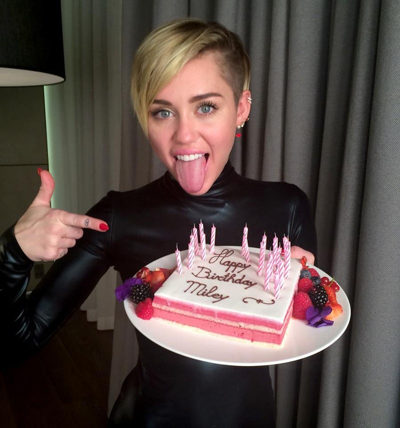 Illustration for article titled Happy Birthday, Miley!