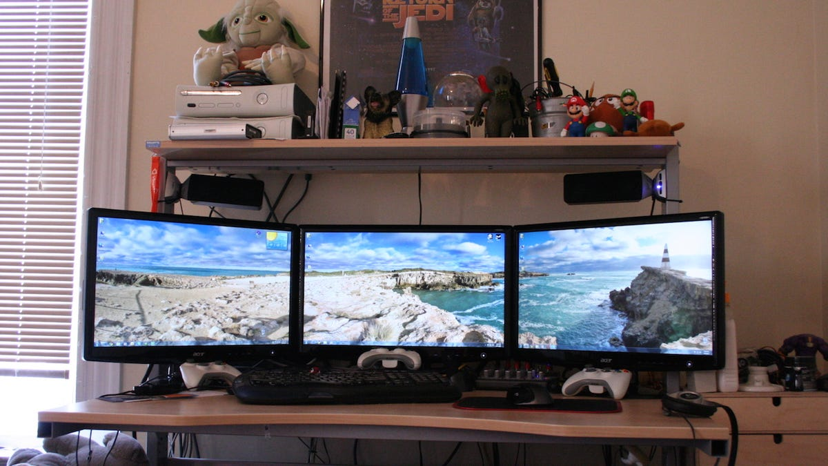 How do you hook up two monitors to one tower