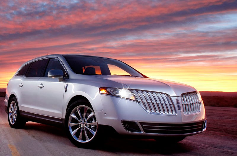 Illustration for article titled 2010 Lincoln MKT: Lincoln Gets A Big-Boy Crossover
